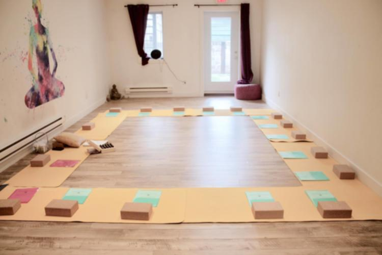 Thisopenspace Yoga Studio With Cozy Coffee Shop In Montreal Quebec